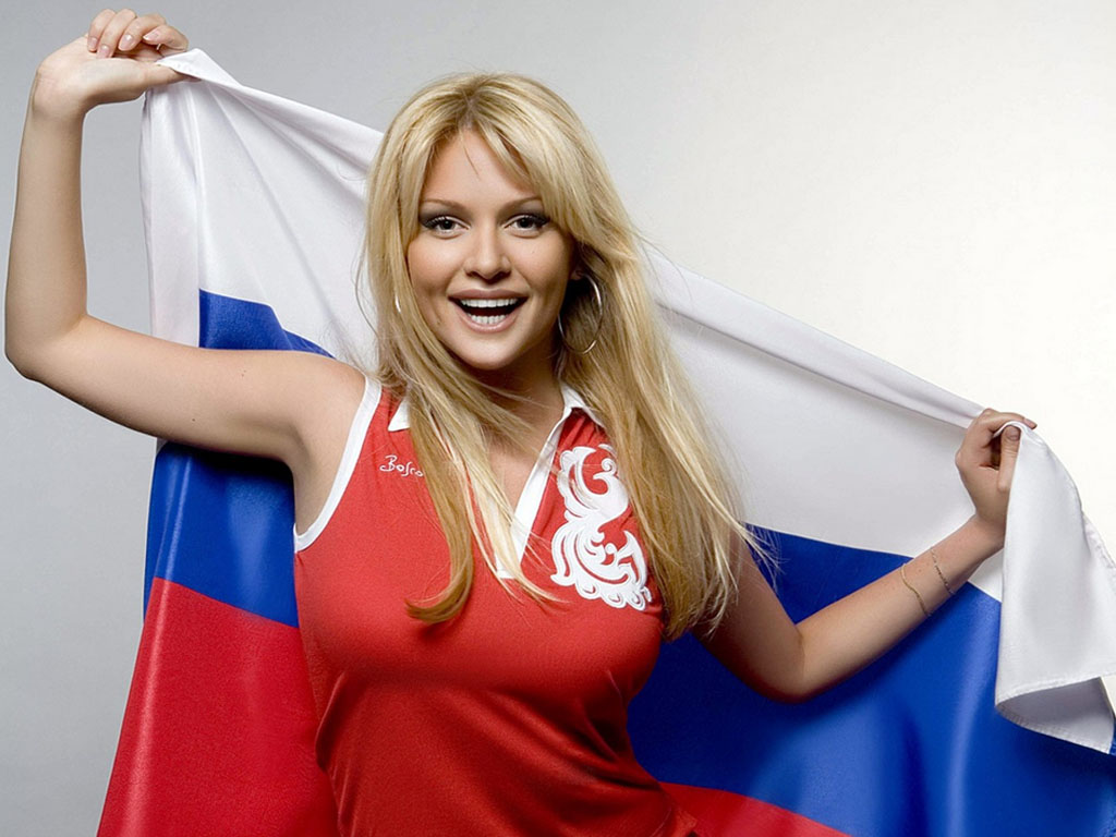 Pros and Cons of Dating a Russian Girl