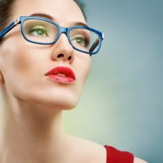 woman-in-glasses